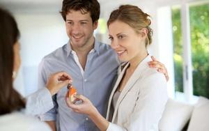 Если квартира стоится  можно ли переоформить на мужа